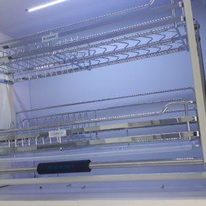 Giá bát nâng hạ cao cấp EUROKIT UD700/800/900  – Inox 304 – Nan vuông, khung sườn bằng inox khay hứng nước bằng nhựa